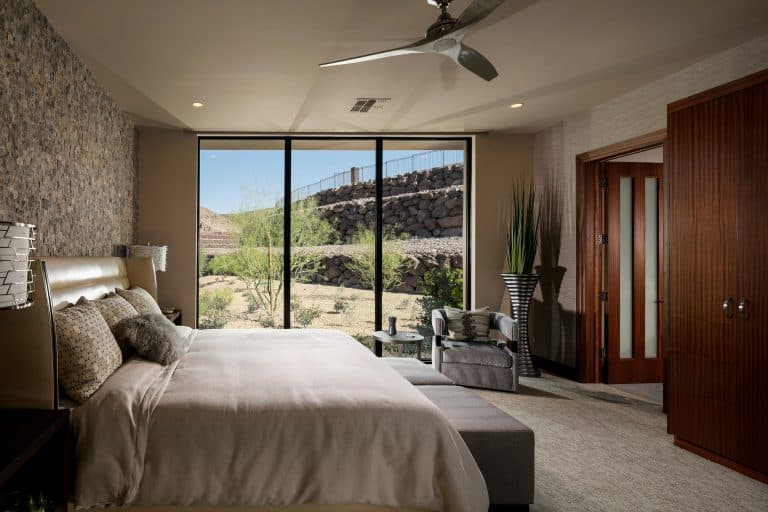 Hill Side Guest Luxury Bedroom
